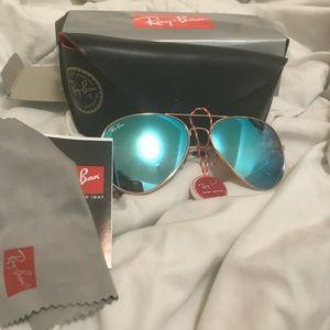 Ray-Band Aviator Sunglasses 😎